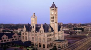The Historic Union Station Hotel In Nashville Is Notoriously Haunted And We Dare You To Spend The Night