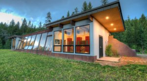 Enjoy A Sustainable Staycation At The Earthship In Montana