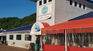 Dine With Stunning Waterfront Views At The Blue Water Grille In Tennessee