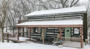 An Overnight Stay At This Secluded Cabin In Kentucky Costs Less Than $100 A Night And Will Take You Back In Time
