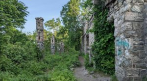 A Mysterious Woodland Trail In New Jersey Will Take You To The Original Van Slyke Castle Ruins