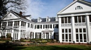 The Historic Duke Mansion In North Carolina Is Notoriously Haunted And We Dare You To Spend The Night
