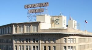 The Historic Crockett Hotel In Texas Is Notoriously Haunted And We Dare You To Spend The Night