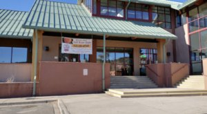You Must Try The Specialty Pizzas And Cupcakes At This Pizza Joint And Bakery In New Mexico