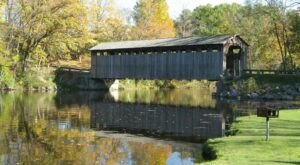 Here Are 5 Of The Most Beautiful Covered Bridges To Explore Around Detroit This Fall