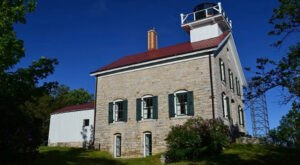 The Lighthouse Walk In Wisconsin That Offers Unforgettable Views