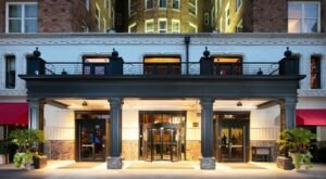 The Historic Skirvin Hotel In Oklahoma Is Notoriously Haunted And We Dare You To Spend The Night