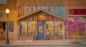 Stay Overnight In The Historic Bluebird Inn In Oklahoma For A Cozy Getaway