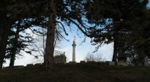 You Won't Want To Visit The Notorious Lake View Cemetery In Ohio Alone Or After Dark