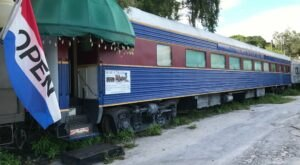 Bob's Train Is A Circus-Themed Restaurant In Florida That Will Make You Feel Like A Kid Again