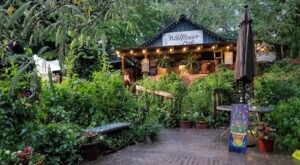 The Secluded Restaurant In Alabama That Looks Straight Out Of A Storybook