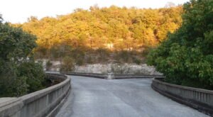 Walk Across The Galena Y-Bridge For A Gorgeous View Of Missouri's Fall Colors