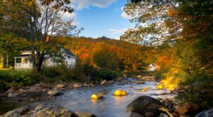 Fall Is The Perfect Time To Visit This Historic Mountain Town In New Hampshire
