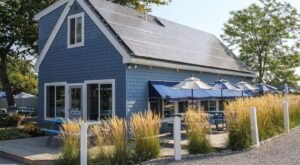 Some Of The Best Crispy Fried Seafood In Maine Can Be Found At Bob's Clam Hut