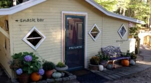 Bresca And The Honey Bee Is An Unassuming Spot In Maine That Doesn't Look Like Much, But The Food Is Unforgettable