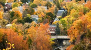Fall Is The Perfect Time To Visit This Historic Mountain Town In New York