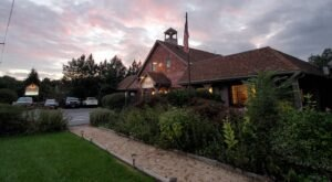 Nook Cafe & Restaurant In Maryland Is The Definition Of Comfort, From The Food To The Atmosphere