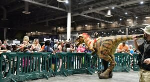 Don't Miss The Giant Dinosaur Robots Coming To West Virginia This Fall