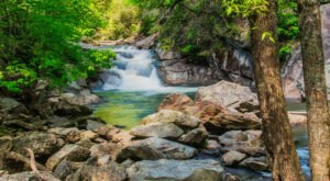 You Can Hike To 9 Waterfalls All Within 10 Miles Of This Charming North Carolina Town