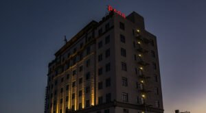 The Historic Padre Hotel In Southern California Is Notoriously Haunted And We Dare You To Spend The Night