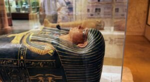 The 2,350-Year-Old Egyptian Skeleton In Iowa's Putnam Museum Is An Ancient Mummy Mystery
