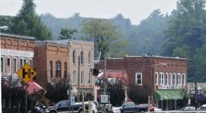 One Of The Most Unique Towns In America, Saluda Is Perfect For A Day Trip In North Carolina
