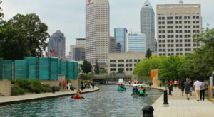 Explore A New Side Of Indianapolis With the Canal Walk, A Special Waterfront Trail In Indiana