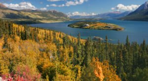 Fall Is The Perfect Time To Visit This Historic Mountain Town In Alaska