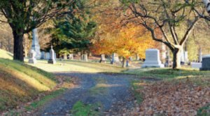This Creepy Day Trip Through The Spookiest Places In Vermont Is Perfect For Fall