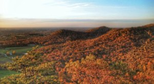 The One-Of-A-Kind Trail In Kentucky With 6 Pinnacles And Overlooks Is Quite The Hike