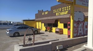 Wagon Wheel Is A Kitschy All-American Restaurant In Southern California That You Simply Have To Stop At