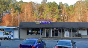 One Of The Best Burgers Around Can Be Found At Hamburger Mike's In Georgia