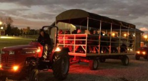 Take A Haunted Hayride In Ohio For A Spectacularly Spooky Night