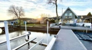 Enjoy The Fall Foliage And Relax In A Hot Tub With A Stay At This Lakefront New Jersey Cottage