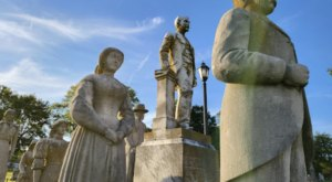 Forget Ghosts, The Wooldridge Monuments Are The Most Haunting Thing You'll See In Kentucky's Maplewood Cemetery