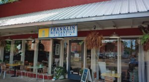 The Franklin Mercantile Is An Adorable Small Town Deli In Tennessee
