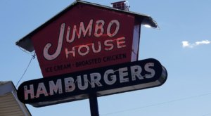 The Massive Burgers At Jumbo House In Tennessee Are Nearly As Big As Your Head