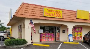 Scratch-Made Donuts & Pulled Pork At Yummies Donuts & BBQ In Florida Is A Strange Match Made In Heaven
