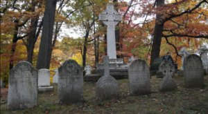 The Mount Hope Cemetery Is One Of New York's Spookiest Cemeteries