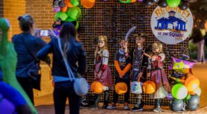 Every October, This Entire Texas Town Becomes A Spooky Halloween Village