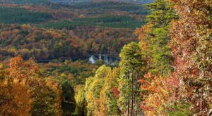 Fall Is The Perfect Time To Visit This Historic Mountain Town In Alabama