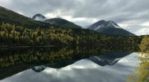 Enjoy The Stunning Views At The End Of The Vagt Lake Trail In Alaska On This Easy, Family Friendly Trail
