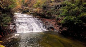 The Magnificent Waterfall Trail In Alabama That Everyone Should Take This Fall