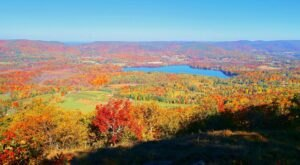 Fall Is The Perfect Time To Visit This Historic Mountain Town In Massachusetts