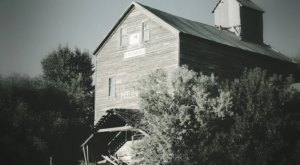 For The Scariest Night Of Your Life, Visit The Haunted Mill In Idaho