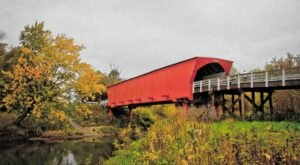 Fall Is The Perfect Time To Visit This Historic Covered Bridge Town In Iowa