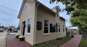 An 1800s-Era Doctor's Cottage In Petersburg, West Virginia Is Now A Delightful Cafe Bakery