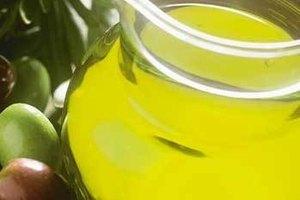 Cómo utilizar aceite de oliva para ser más bella de la noche a la mañana