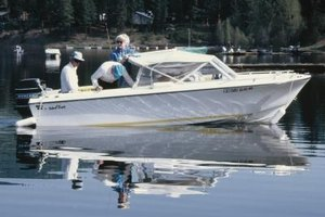 How to Troubleshoot & Repair Small Outboard Motors