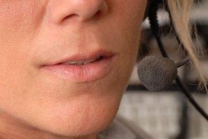 Cómo eliminar los surcos y las líneas en la zona que va de la nariz al labio